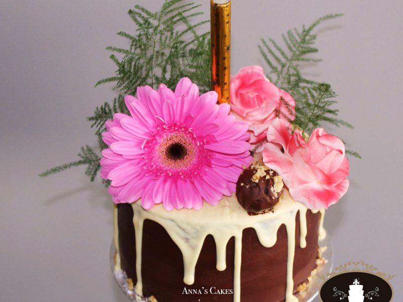 Elegante verjaardagstaart
